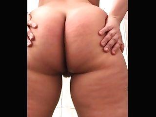 Big Butt Mistress Ass-smothering Rump Gobbling