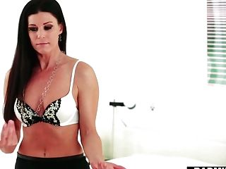 Gf's Hot Stepmom India Summer Offeres Herself Spreading Gams Broad Open