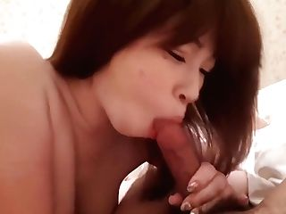 Beauty 's Hand Jobs And Finish From Oral Job. 1