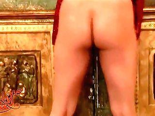 Sunny Leone Amazing Figure