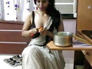 Horny Lily Inviting Marathi Indian Bhabhi Role Have Fun